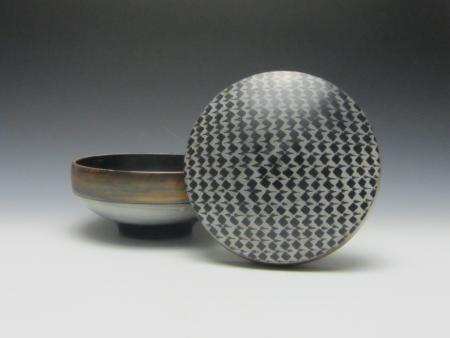 ceramic bowl and lid